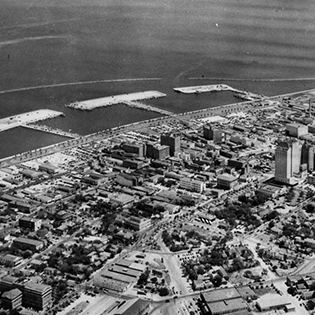 archive photo of Bayfront from 1940's