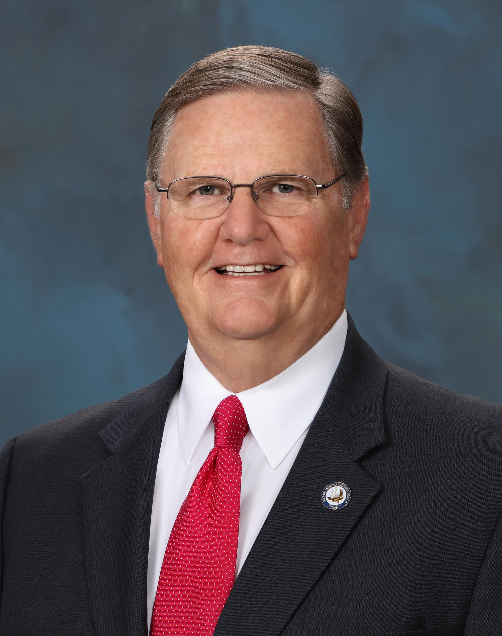 Mayor Joe McComb