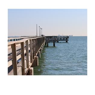 photo of pier railing